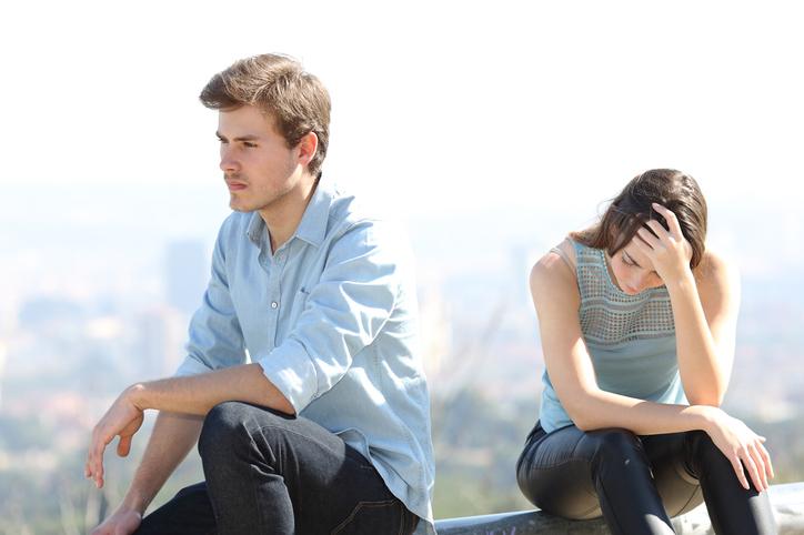 仮面夫婦状態でも離婚はしたくない(写真:iStock)