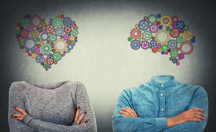 男と女は脳が違う(写真:iStock)