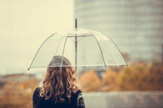 梅雨でも綺麗にまとまる♡ヘアスタイルのコツ&ヘアケア方法