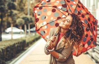 雨の日もおしゃれに♡ コーデのポイント&避けるべきアイテム