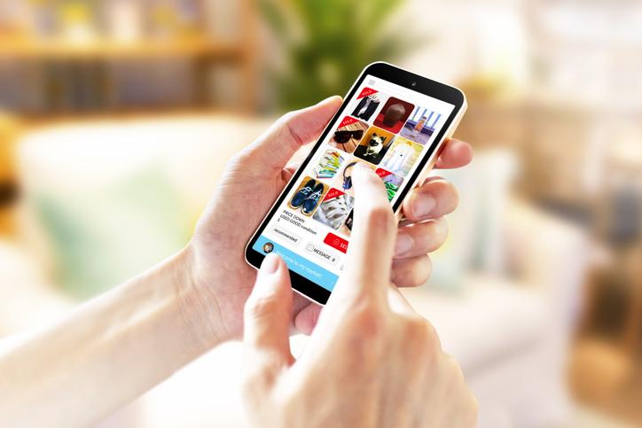 フリマアプリ使ってる?(写真:iStock)