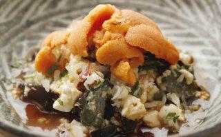 「ピータンウニ豆腐」2ステップで定番メニューが豪華に変身