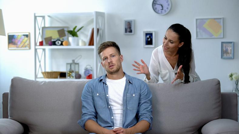 感情的になられると疲れる…(写真:iStock)