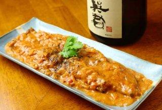 スーパーで買える食材で作れる「鰻カリー」 日本酒とともに