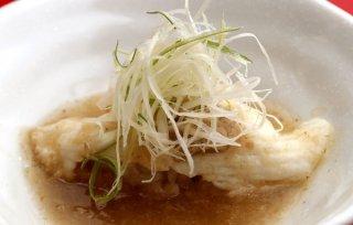 「蒸し寿司の餡かけ」そばつゆの甘い餡としゃりの酸味が絶妙
