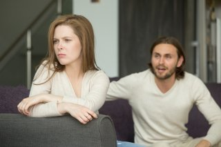 恋愛での嫉妬をやめるには? 苦しさから解放される4つの方法