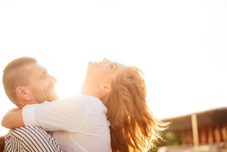 「愛され女子」になろう!(写真:iStock)