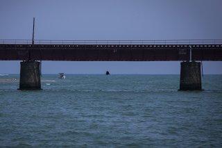 海を渡る鉄橋を風が渡っていく 2021.9.18(土)