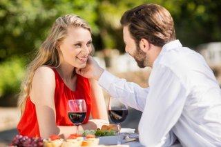 年の差を気にする年上男性の心理&上手なアプローチ方法3選