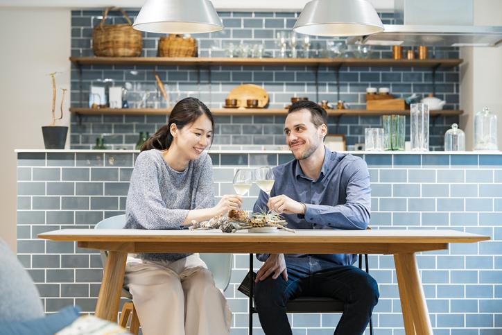 楽しい同棲生活を(写真:iStock)