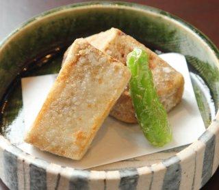 甘くて香ばしい「海老芋の唐揚げ」思わず笑みがこぼれます