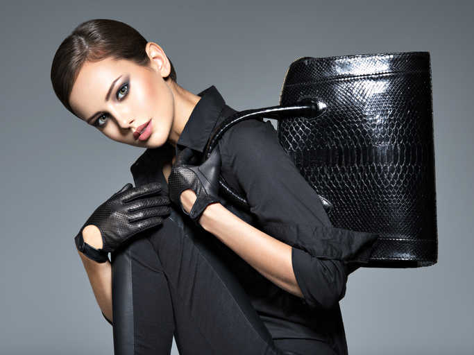 メイクやファッションのセンスが大事(写真:iStock)